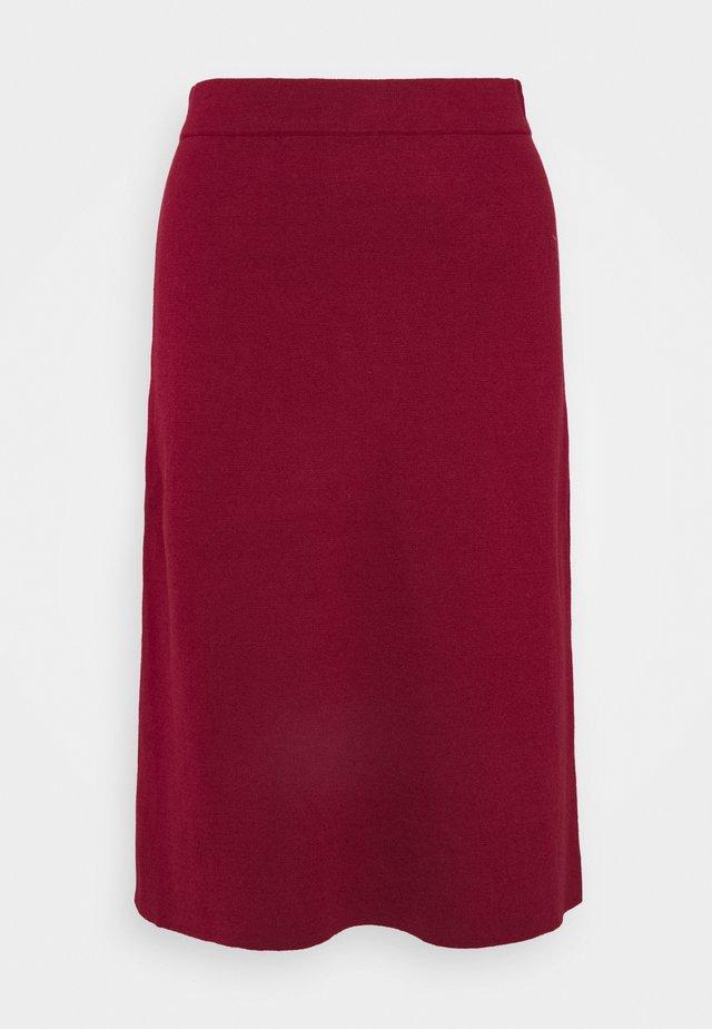 CORE - Spódnica trapezowa - bordeaux red