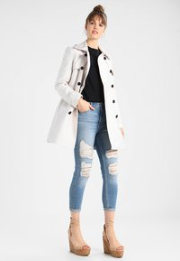 Superdry - Trenchcoat - stone - 1