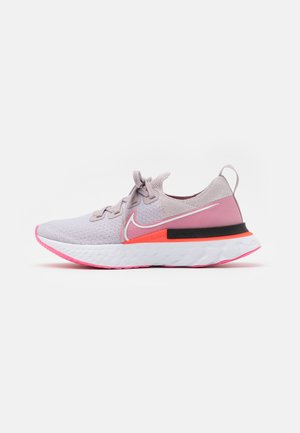 EPIC PRO REACT FLYKNIT - Neutral running shoes - violet ash/white/pink glow