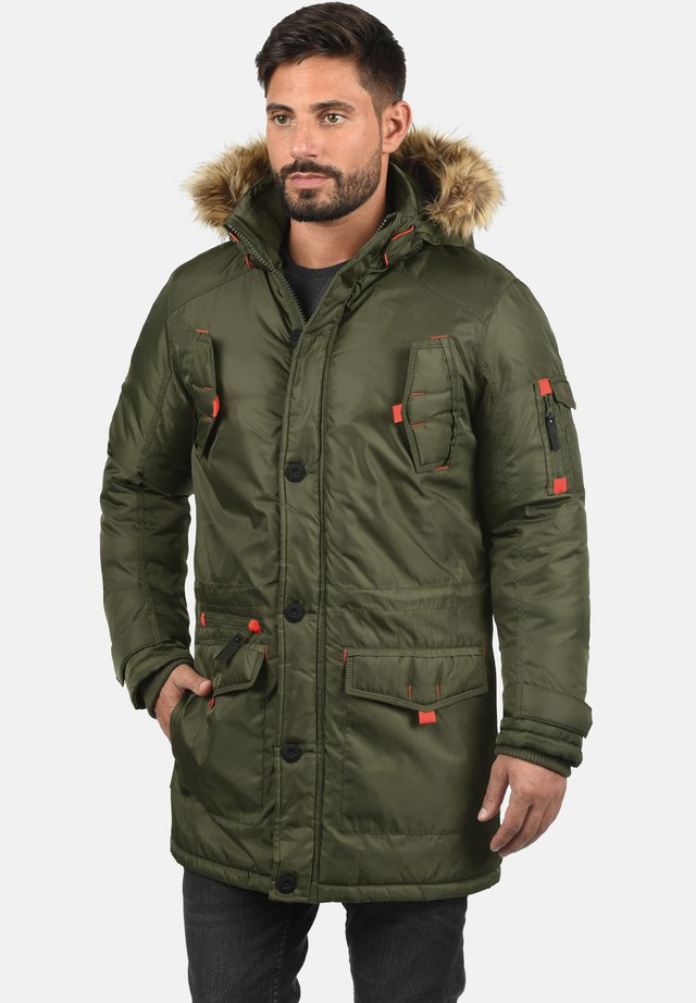 BETTO - Winter coat - ivy green