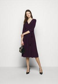 Lauren Ralph Lauren - MID WEIGHT DRESS - Trikoomekko - raisin - 1