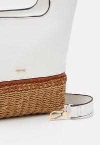 PARFOIS - Handbag - white - 3