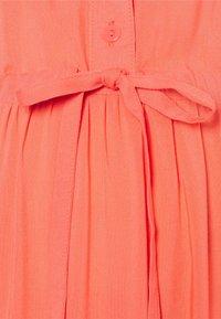 MAMALICIOUS - NURSING DRESS - Shirt dress - sugar coral - 2