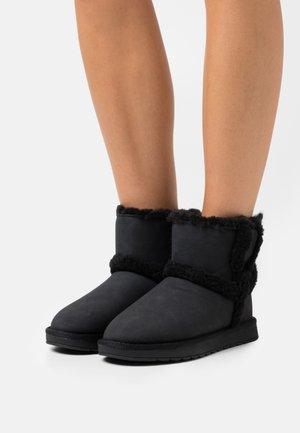 VEGAN WARMM - Zimní obuv - black