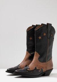 Bianca Di - Cowboy/Biker boots - rock - 4