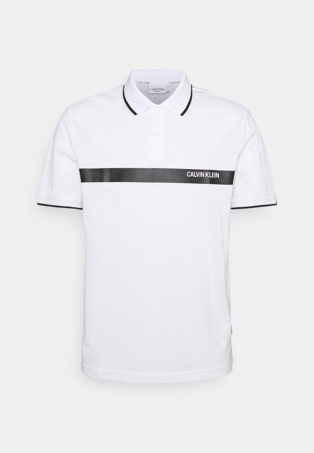 BOLD STRIPE LOGO - Polo shirt - white