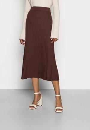 CORE SKIRT - Maxi skirt - rust brown