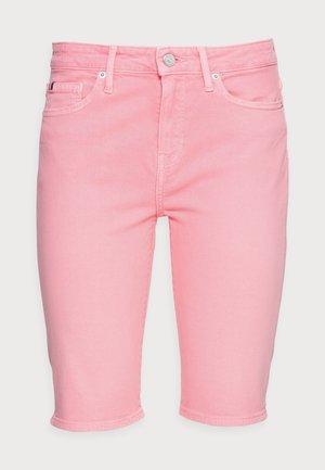 DENIM VENICE SLIM BERMUDA - Denim shorts - pink