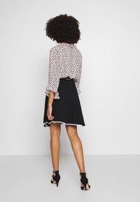 Anna Field Petite - FLARED SKIRT - A-line skirt - black - 2