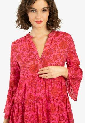 SOMMERKLEID - Shift dress - pink