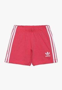 adidas Originals - TEE SET - Shorts - white/pink - 2