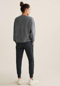 OYSHO - Pantalon classique - grey - 2