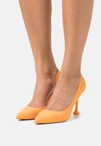 Call it Spring - ANDREAA - Classic heels - orange - 0