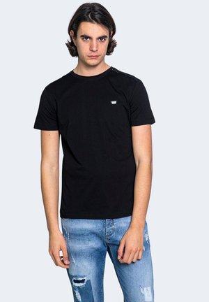 SLIM FIT  - Basic T-shirt - black