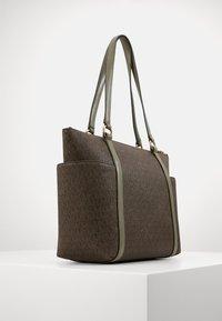 MICHAEL Michael Kors - SULLIVAN TOTE - Handbag - army green - 2