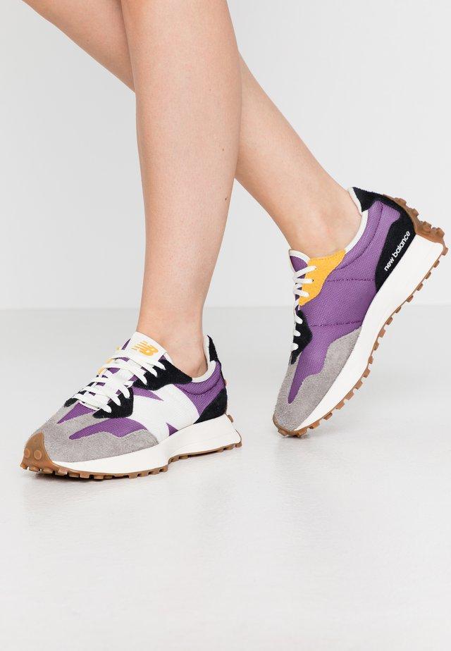 WS327 - Trainers - purple