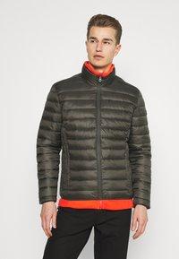 Schott - WILSON 2IN1 - Lehká bunda - khaki/orange - 4