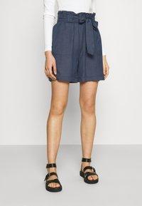 ONLY - ONLSMILLA VIVA LIFE LONG BELT  - Shorts - vintage indigo - 0