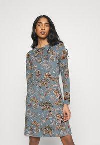 ONLY - ONLELCOS EMMA ELASTIC DRESS - Strikket kjole - balsam green - 0