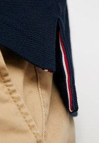 Tommy Hilfiger - CONTRAST TIPPED REGULAR - Polo shirt - blue - 5