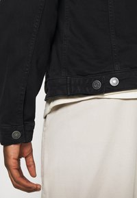 Jack & Jones - JJIALVIN JJJACKET AGI - Denim jacket - black denim - 4