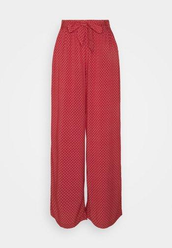 FLUENT PANT - Trousers - terracotta