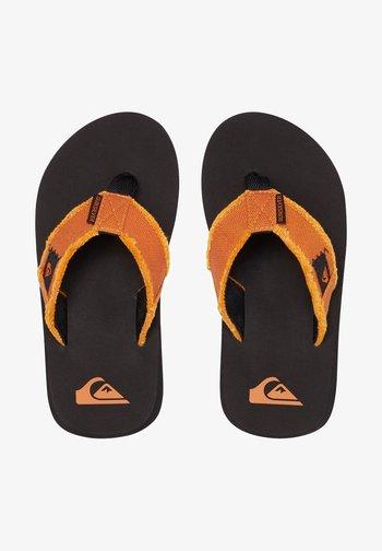 MONKEY ABYSS YT  - Sandalias de dedo - black/orange/orange