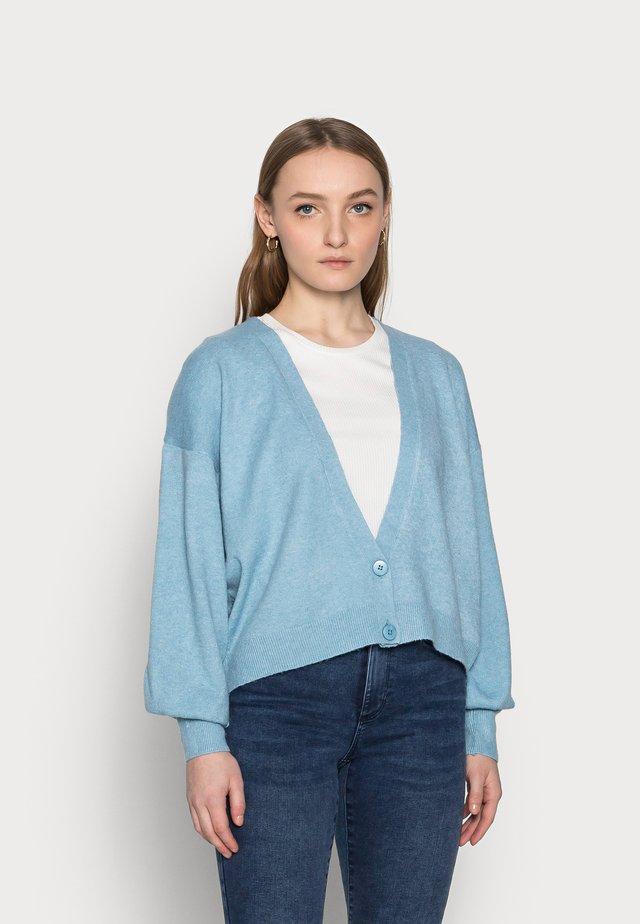 IHALPA - Cardigan - delphinium blue