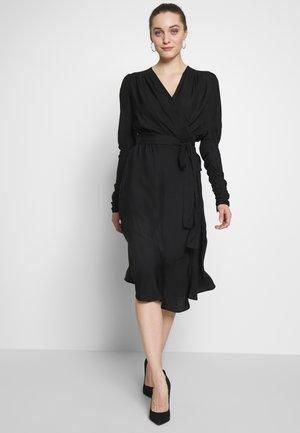 DOLLY WRAP DRESS - Denní šaty - black