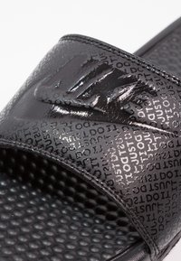 Nike Sportswear - BENASSI JDI - Rantasandaalit - schwarz - 5