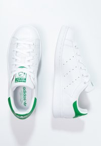 adidas Originals - STAN SMITH - Matalavartiset tennarit - ftwr white/core white/green - 1