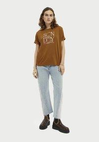 Scotch & Soda - Print T-shirt - spice - 1