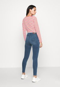 ONLY - ONLGLOBAL  - Jeans Skinny Fit - medium blue denim - 2