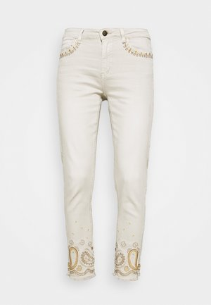 PANT ANKLE PAISLE - Jeansy Skinny Fit - white