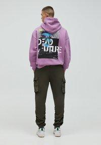 PULL&BEAR - Cargo trousers - khaki - 2