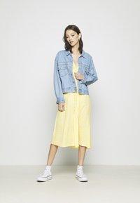 Monki - AVRIL DRESS - Košilové šaty - yellow - 1