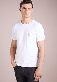 BOSS - TALES - Basic T-shirt - white - 0