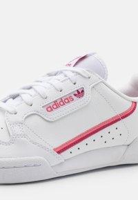 adidas Originals - CONTINENTAL 80 UNISEX - Trainers - footwear white/wild pink/hazy rose - 5