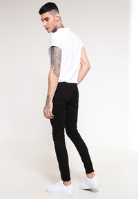 Jack & Jones - JJILIAM  - Jeansy Slim Fit - black denim