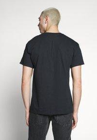 New Look - STOCKHOLM PRINT TEE - T-shirt z nadrukiem - black - 2