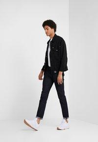 Emporio Armani - Jeans slim fit - blue denim - 1