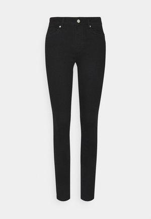 VMSEVEN PUSH UP - Skinny džíny - black