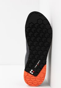 Millet - AMURI - Lezecká obuv - urban chic - 4