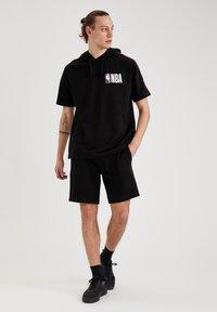 DeFacto Fit - Shorts - black - 1