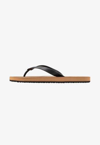 WILLIAM - Pool shoes - black
