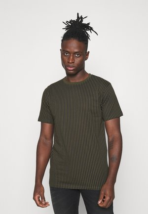 STRIPES TEE - T-shirt z nadrukiem - deep depths