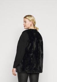 New Look Curves - GILET - Waistcoat - black - 2