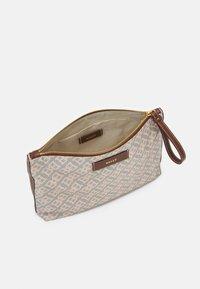 Bally - SOMMET - Handbag - seta - 3