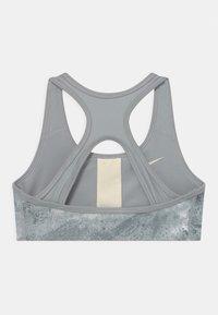 Nike Performance - Soutien-gorge de sport - smoke grey/coconut milk - 1