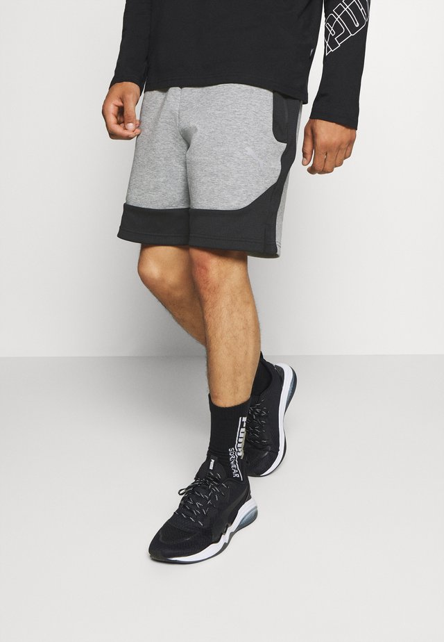 EVOSTRIPE SHORTS - Pantaloncini sportivi - medium gray heather